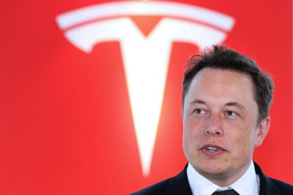 Elon Musk Tesla 600x400