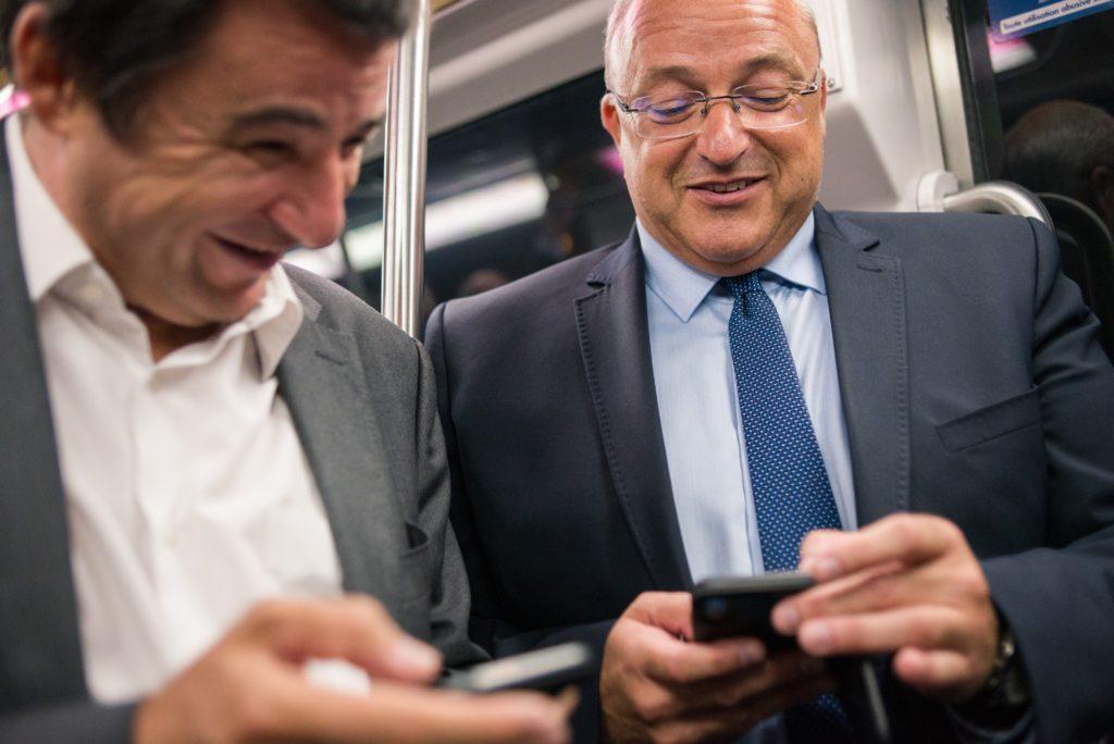 Smartphones Metro Lille 1024x684