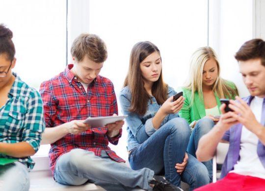 Smartphones Adolescents