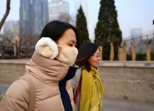 Air-pollution-mask-china