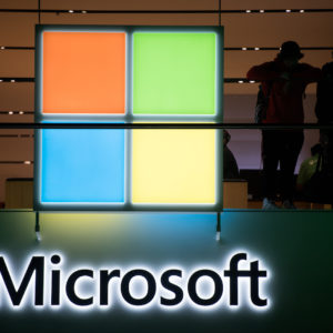Image article Microsoft remplace ses journalistes par de l'IA