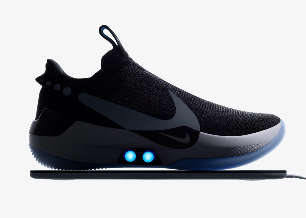 Nike Adapt BB Lacage Automatique Recharge 1024x731
