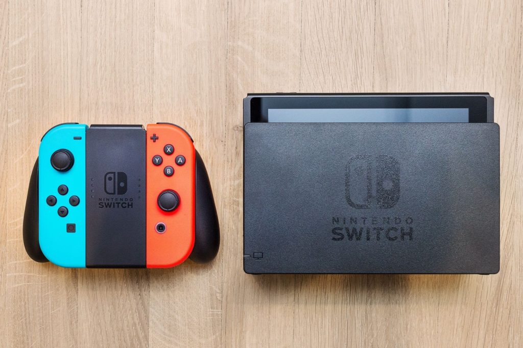 Nintendo Switch Dock Et Joy Con Neon 1024x682