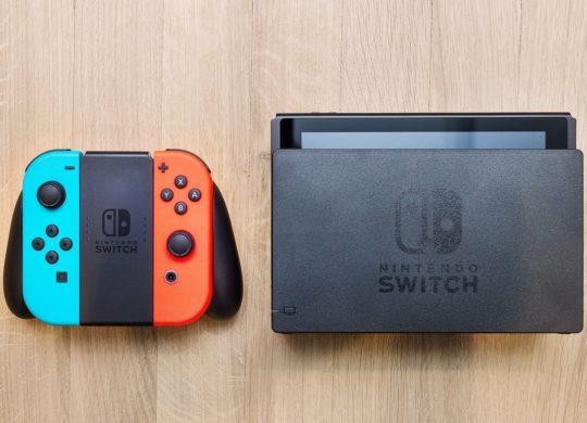 Nintendo Switch Dock et Joy-Con Neon
