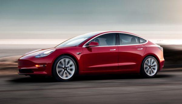 Tesla Model 3 1 600x342
