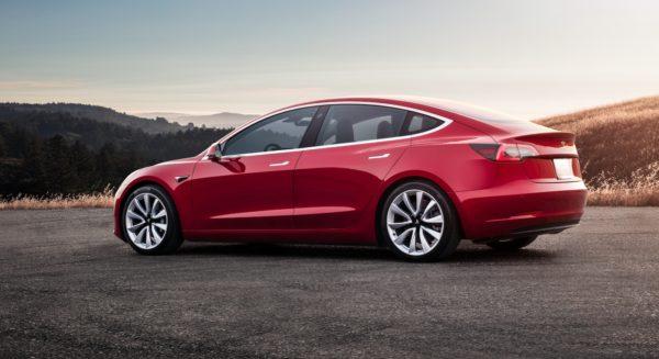 Tesla Model 3 600x327