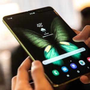 Galaxy Fold : le CEO de Samsung tranchera cette semaine sur l'avenir du smartphone pliable