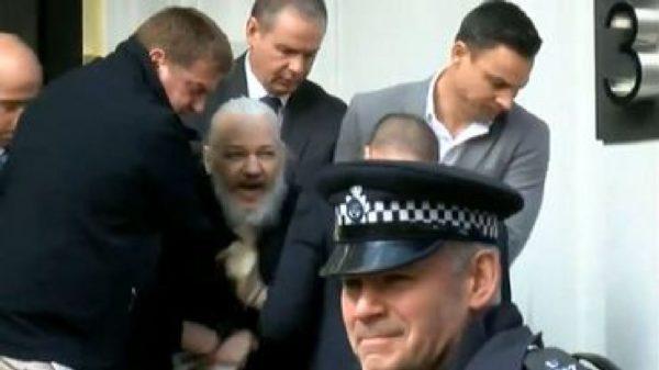 Assange Arrete 600x337