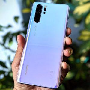 Huawei suspend temporairement la production de ses smartphones