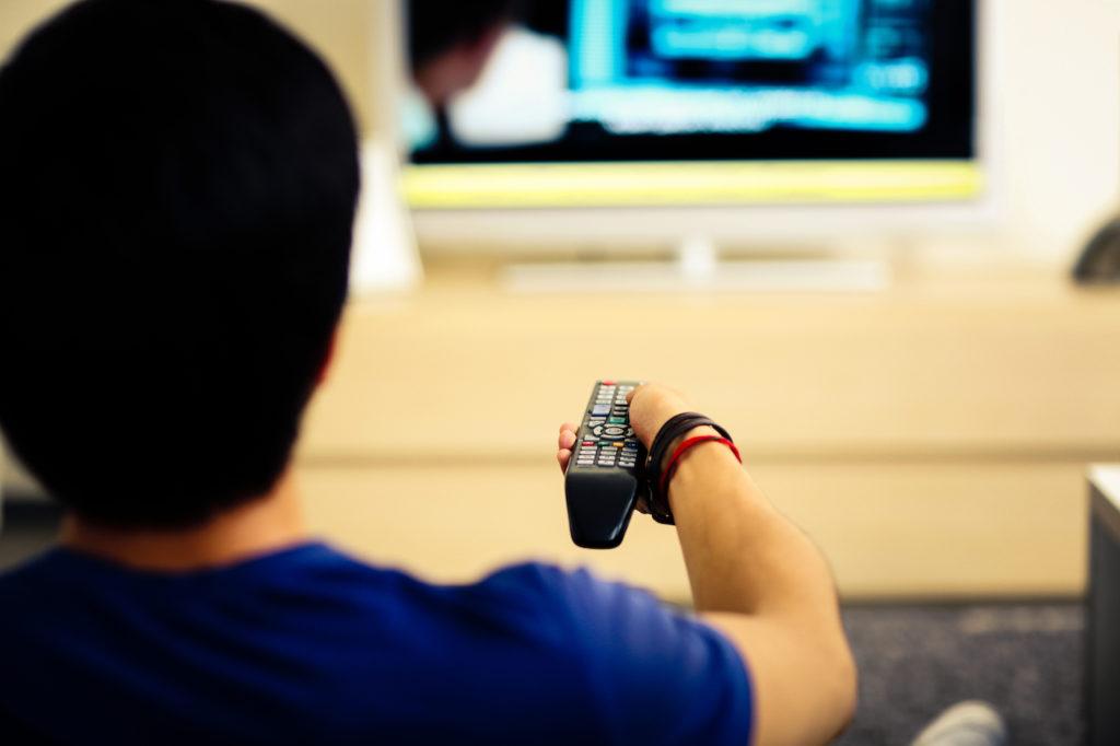 Regarder Television Telecommande 1024x682