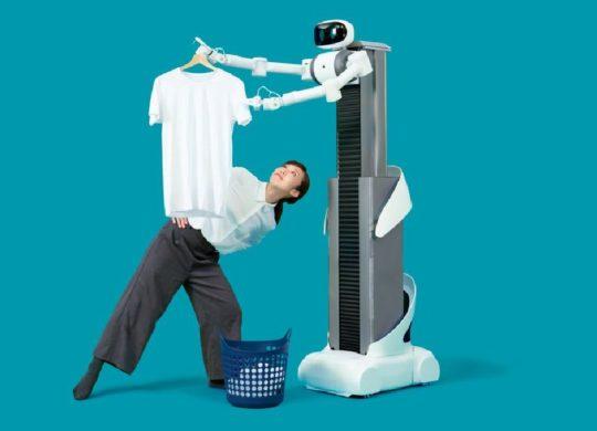 Robot Mira Rosie