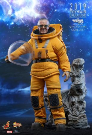 Hot Toys Stan Lee 2 307x450
