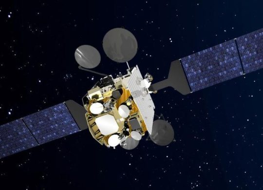 Syracuse IV satellite militaire