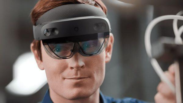 HoloLens2 600x337