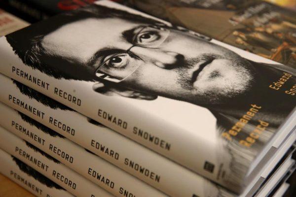 Snowden Book 600x400