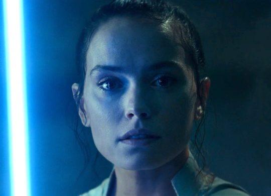 Star Wars 9 Rey Sabre Laser