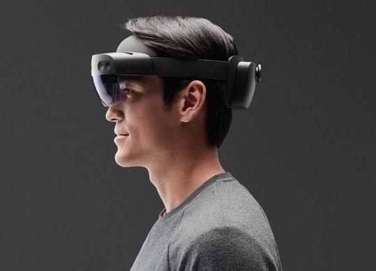 HoloLens 2 1