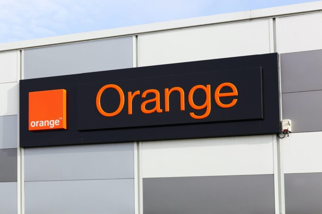 Fibre rurale : Orange cède 50% d'Orange Concessions