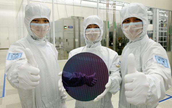 Samsung Wafer DRAM 600x378