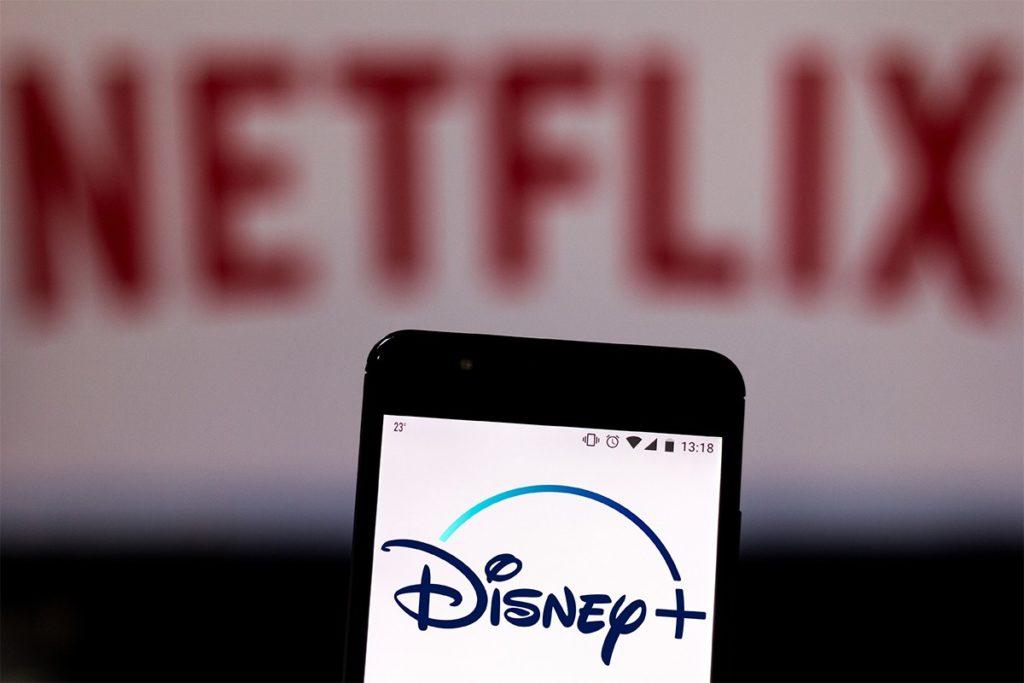 Netflix Et Disney Plus Logos 1024x683