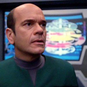 Image article Star Trek Voyager a droit à un remaster 4K non-officiel… grâce à l'IA
