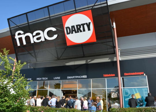 Fnac Darty Logos