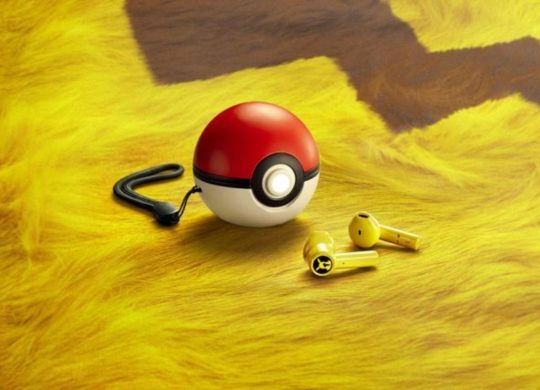 Pikachu Wireless Earbuds