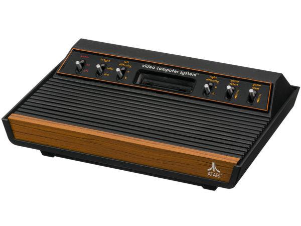 Atari 2600 600x450