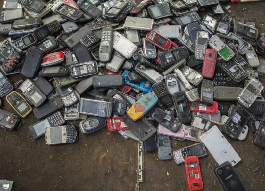 Déchets Electroniques Telephones Portables