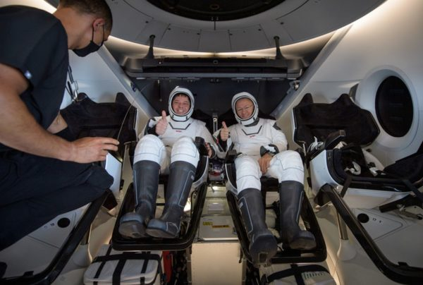 Astronautes SpaceX 600x404