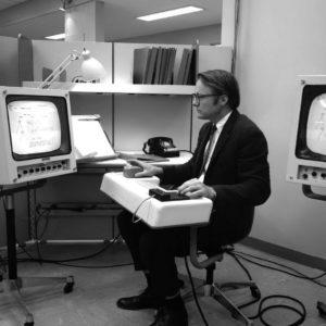Image article William English, co-inventeur de la souris, s'est éteint à 91 ans