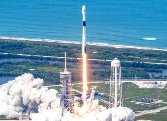 Falcon 9 100