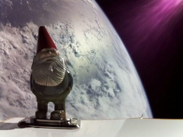 Gnome-Chompski-in-Space
