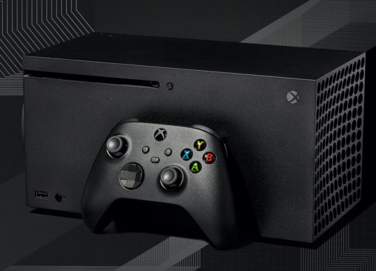 Xbox Series X Couchee et Manette