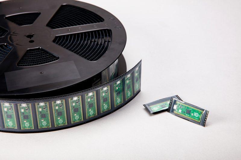 Raspberry Pi Pico : le premier microcontrôleur à seulement 4$
