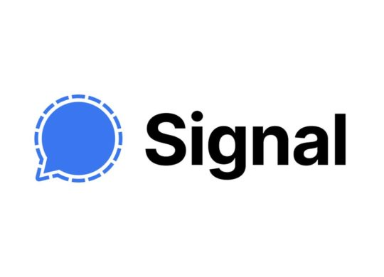 Signal app chat