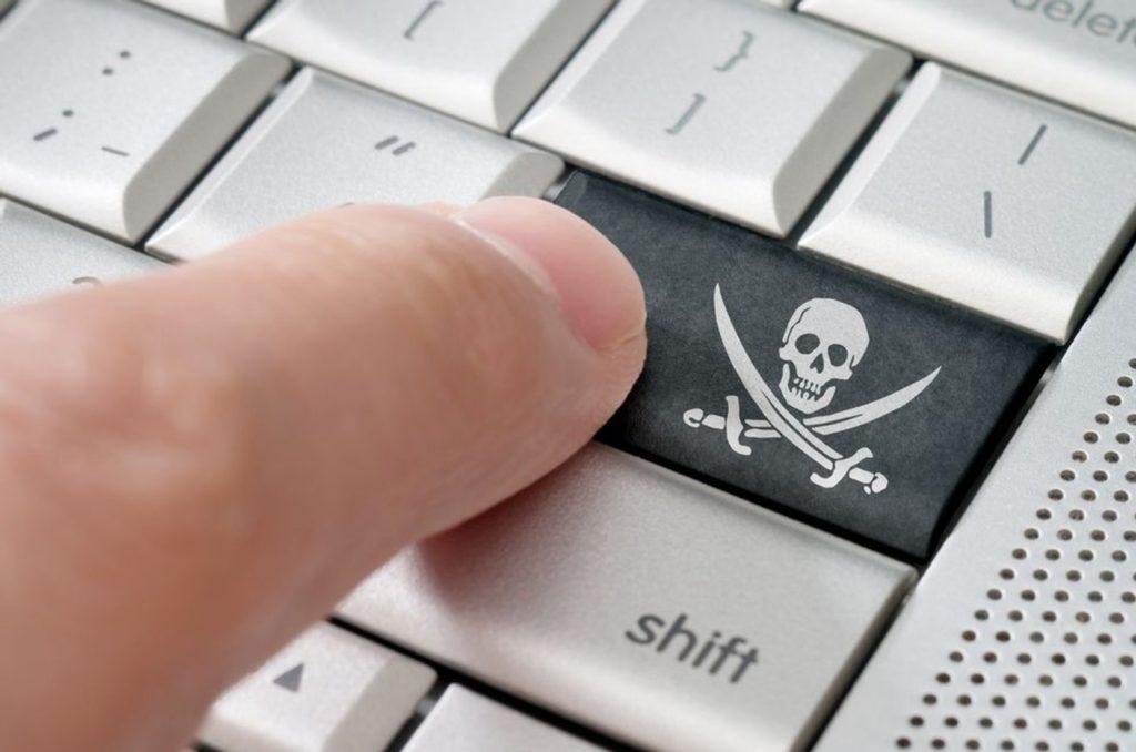 Le trafic des sites pirates a chuté en 2020 après une changement de Google