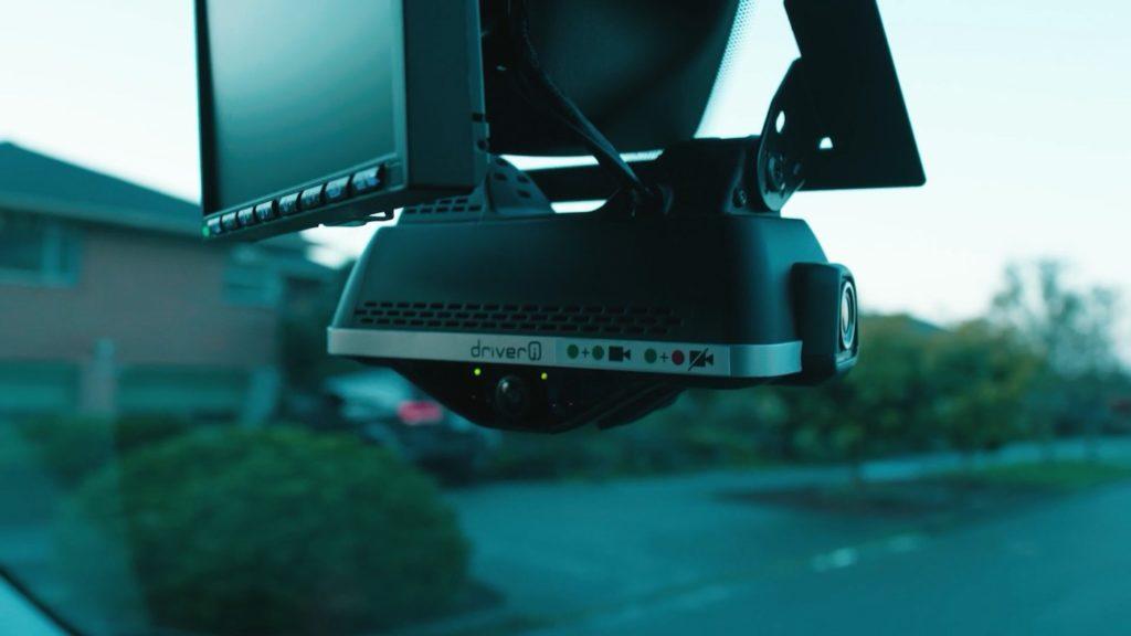 Camera Surveillance Amazon Camionnette Livreur