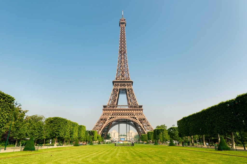 """Paris annonce l'arrivée de la 5G """"dans les prochaines semaines"""""""