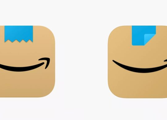 Amazon Icone Moustache Hitler