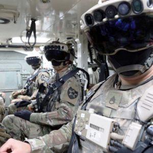 Image article Casque de combat «HoloLens» : l'armée américaine arrête sa collaboration avec Microsoft