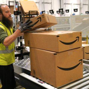 Image article Amazon a bloqué plus de 10 milliards d'annonces suspectes en 2020