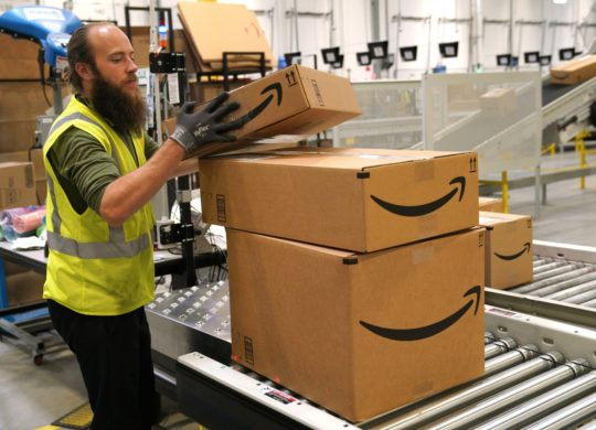 Amazon Employe Carton