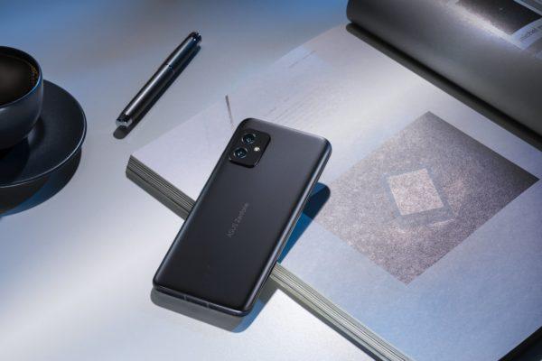 Asus Zenfone 8 1 600x400