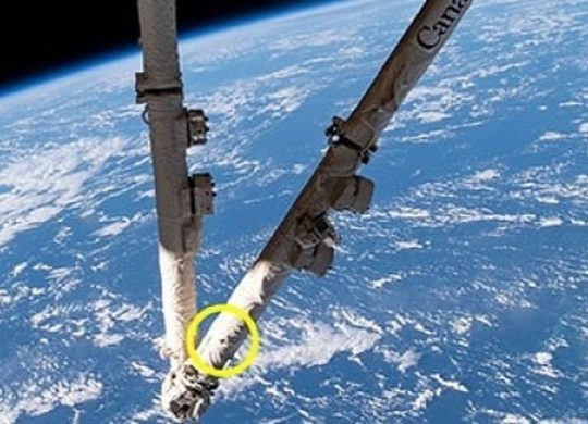 Canadarm2 ISS 1
