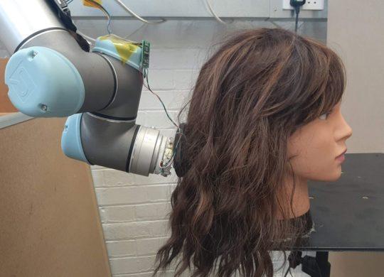 Robot coiffeur MIT