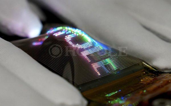 Royole Micro LED Flexible 600x373