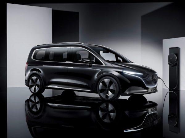 fourgonnette Mercedes EQT