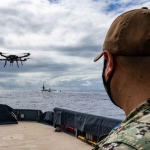 Image article L'US Navy a accordé un contrat de 33 millions de dollars pour avoir des « drones suicides »
