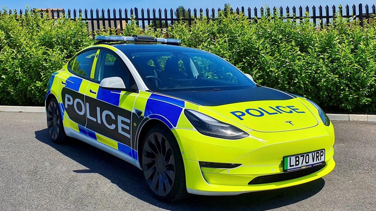Image article Bientôt une voiture de police par Tesla au Royaume-Uni ?